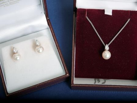 White Gold, Pearl, and Diamond Set Jewellery.