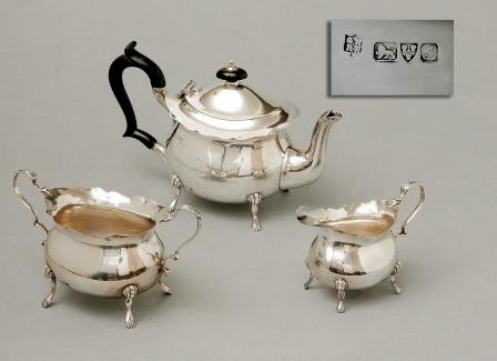 A Silver Tea – Set.