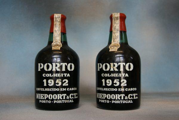 Bottle of 1952 Colheita Port.