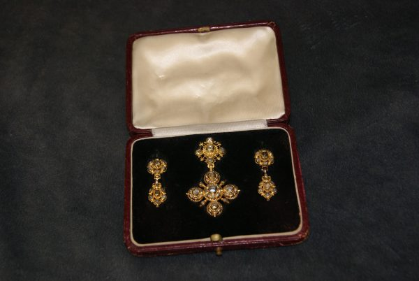 A Continental Diamond Pendant and Ear-Rings.