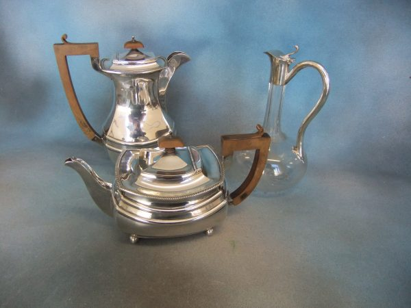 Silver Tea-Pot and Coffee Pot.